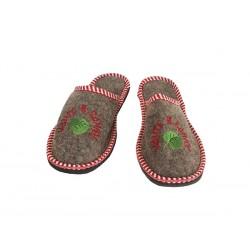 Тапочки ЖЕНСКИЕ с вышивкой (арт.303900)